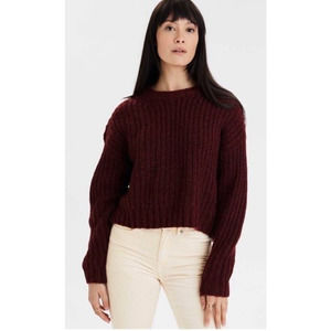 American Eagle Burgundy Cozy Cropped Crew Sweater